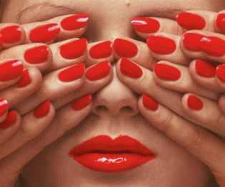guy-bourdin-6