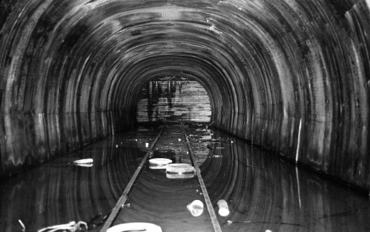 Church_Hill_Tunnel_East_Entrance_1981_c